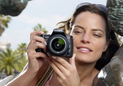 This Dandy Gadget: Aimed to everyone  enjoy their shooting moment, Sony corporation unveiled  its latest DSLR Alpha camera, A230, which is designed in sleek, a light design and easy to use for every one. Despite you never pick up the camera before, you can make a serious picture quality with […]
