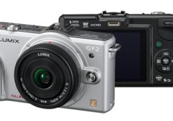 Recently Panasonic announced to add a new interchangeable lens camera in Lumix G family, DMC-GF2. With 112.8(W)x67.8(H)x32.8(D)mm and 265g weight(body only), Panasonic claimed that this camera is the lightest and smallest in the world for its class. Maybe it's true, at least in Panasonic area. Compared with its predecessor DMC-GF1, […]