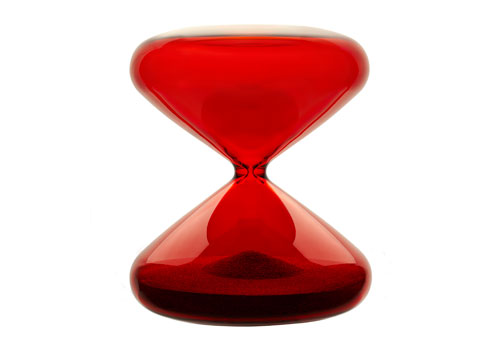 Joli sablier... IKEPOD_Red_Hourglass_Hot_Red_Marc_Newson_Full_Body_Dandy_Gadget_Timepiece