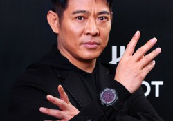 "Jet Li is my favorite actor. He is so cool when showing his fighting art, Chinese Kungfu. One of his popular moves to defeating enemies on his ""Heavenly Sword and Dragon Saber"" is Tai Chi, the secret fighting art of Wu Dang. Collaborating with Hublot, Jet Li proudly shows again […]"