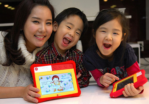 LG ET720 Kids Pad, the First Tablet PC for Kids!